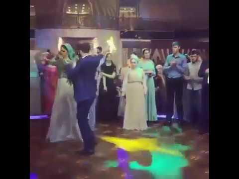 Русская пара красиво танцует фото 313-399