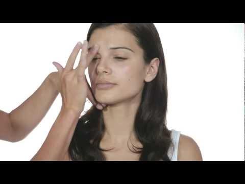 Las máscaras para la persona que blanquean de pigmento