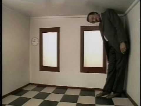 Ames Room (Philip Zimbardo) - YouTube