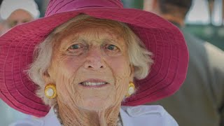 Friends and family gather for Barbara Bush