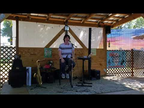 Whispering Oaks Winery >> Dylan At Whispering Oaks Winery Youtube