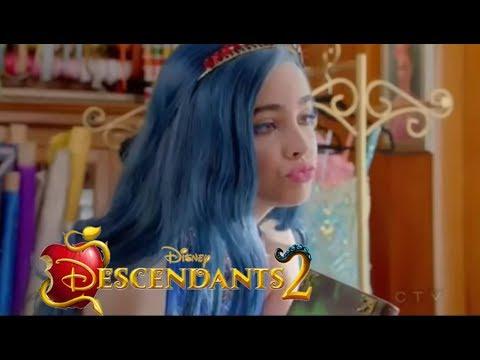 Descendants 2 -  Evie Quits Mal Spellbook - CLIP
