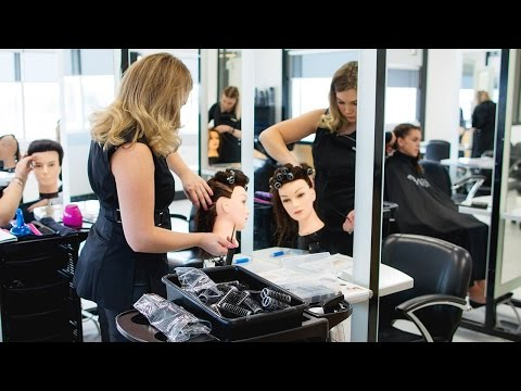 Certificate III in Hairdressing Sarah's Story