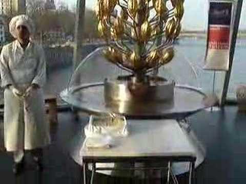 Chocolate machine