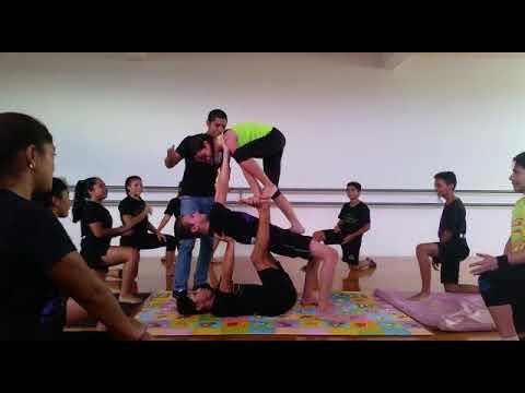 Acrobatics training with Fernando Diaz at Tecnicas Del Arte Studio of Dance