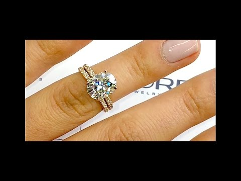 2 ct Moissanite Engagement Ring in Rose Gold