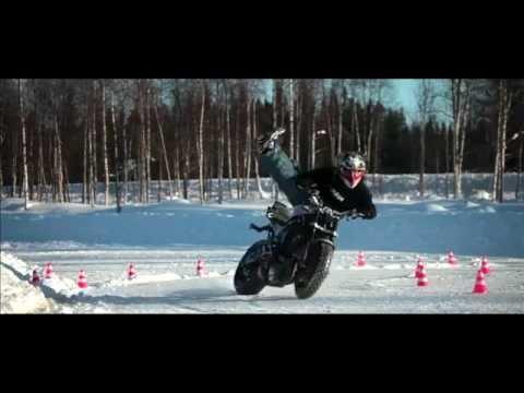 Ice Drifting Motorbike - Gymkhana - Jorian Ponomareff - YouTube