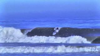 Baixar Bruno Santos surfeando en Skeleton Bay