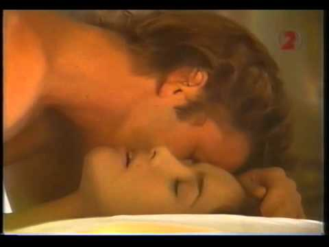 Natalia Oreiro & Facundo Arana:Love Scene(Muneca Brava 1999) videó letöltés