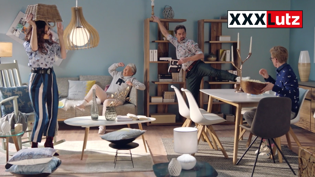 xxxlutz tv spot 2017 gratis lieferung youtube. Black Bedroom Furniture Sets. Home Design Ideas