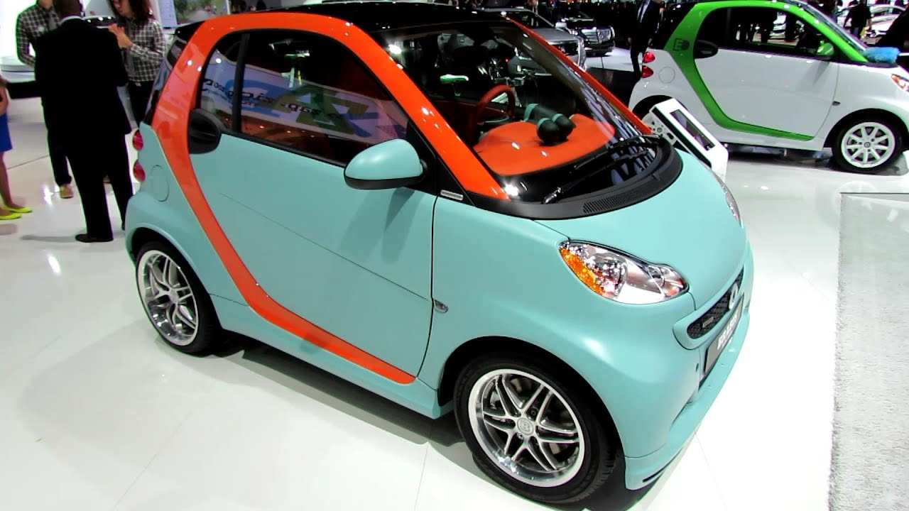 2014 smart coupe ice brabus tailor made exterior walkaround 2014 detroit auto show youtube. Black Bedroom Furniture Sets. Home Design Ideas