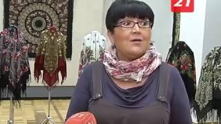 Как носить эффектно павлопосадские платки