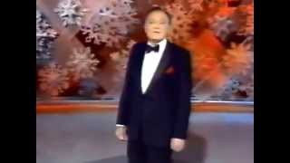 "✳ ""Bob Hope sings Thanks for the Memories"""