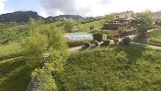 Camping Perticara vanuit drone
