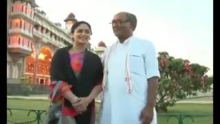 Repeat youtube video Digvijay Singh and Amrita in Mysore Palace