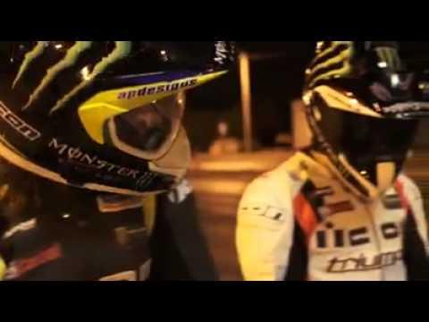 画像: DRIFT -- MOTOS CONTRA CARROS !! só os loko sabe !! youtu.be
