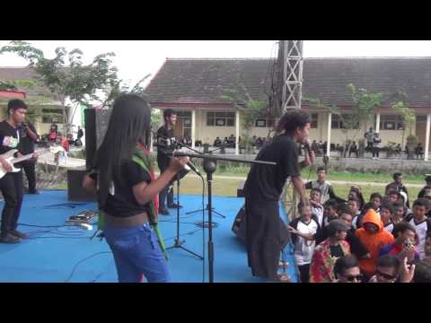 Banteng Rasta feat Den Basitto -_- (Sahat)