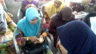 pertandingan mengupas kulit epal oleh guru guru,Hari Guru 2011 SKRKT Seberang Tayor