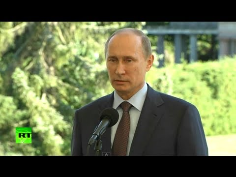 Putin: Snowden is a free man, can go anywhere he wants (FULL VIDEO)