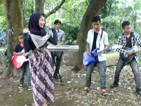 hikari band - video klip akang haji -