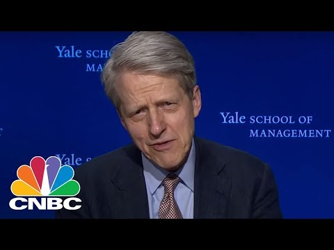 Bitcoin Craze Is More Psychological Than Economic: Nobel Laureate | Trading Nation | CNBC