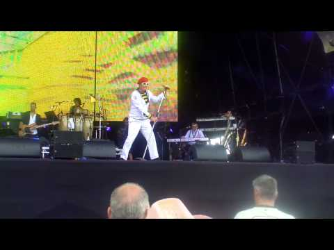 Captain Sensible   happy talk   Wot rewind perth 2013