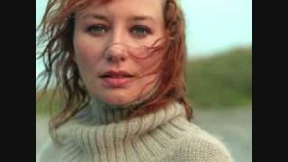 Tori Amos - Your Cloud (Live at KCRW)