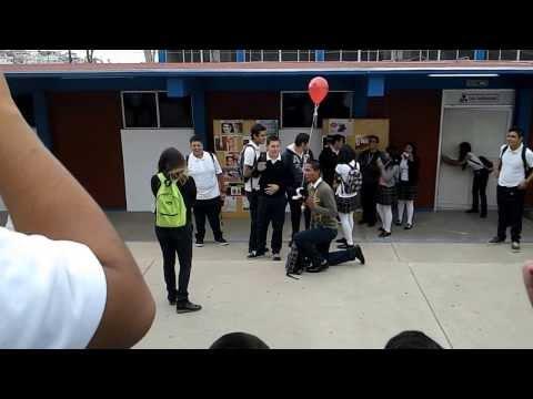 """""""¿Quieres ser mi novia?"""" Fail. CetMar#11 de YouTube · Duración:  1 minutos 33 segundos"""