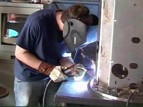 "Moraine Park Technical College ""Junkyard Wars"""