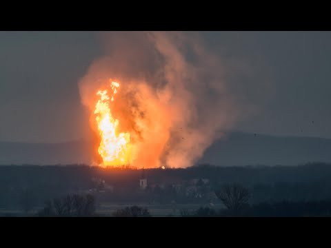 Fireball follows explosion at gas plant in Austria