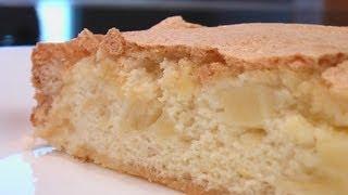 Бисквитный пирог с яблоками. Очень вкусно!