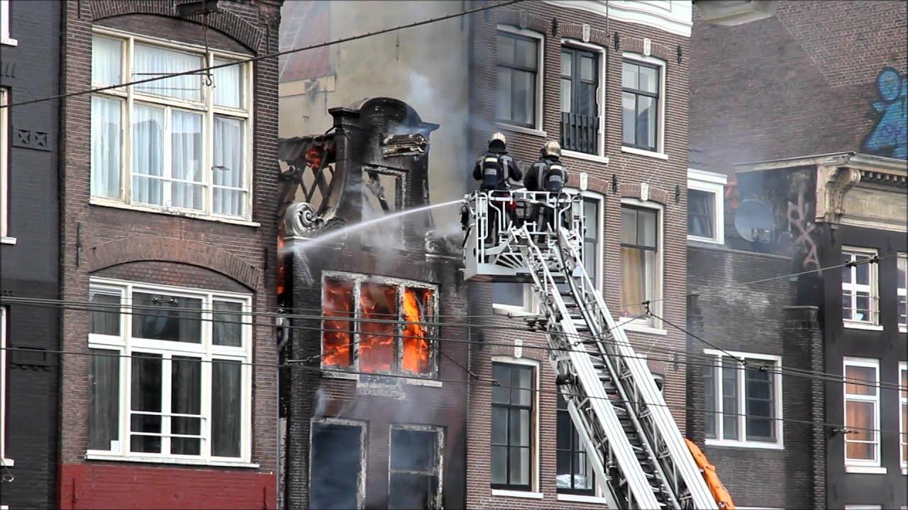 Doden Bij Uitslaande Brand In Centrum Van Amsterdam Youtube