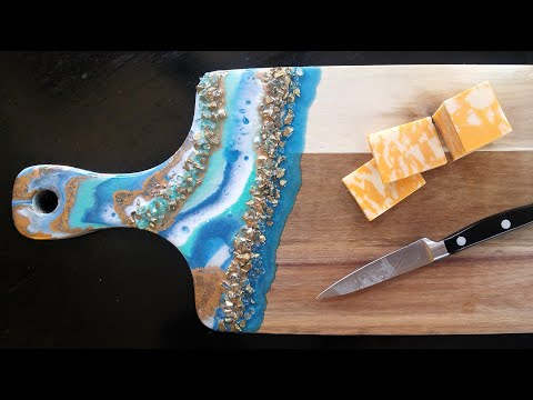 #46- Resin Cheese Board on a Budget... and how to finish the back of a resin piece!