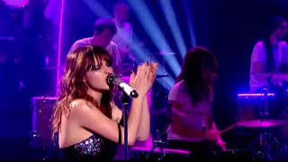 Gabrielle Aplin - Sweet Nothing (Live on Graham Norton)
