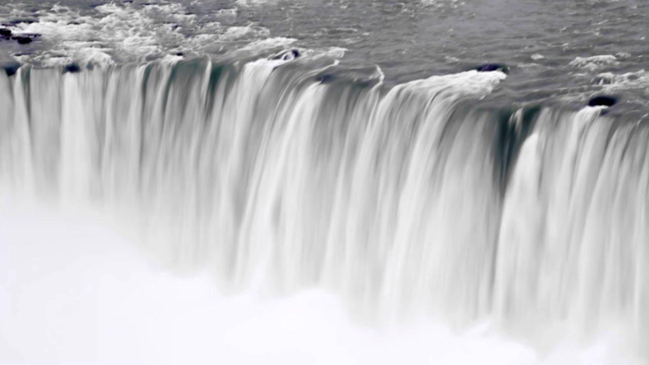 Waterfall and moving mist at Niagara Falls. - YouTube