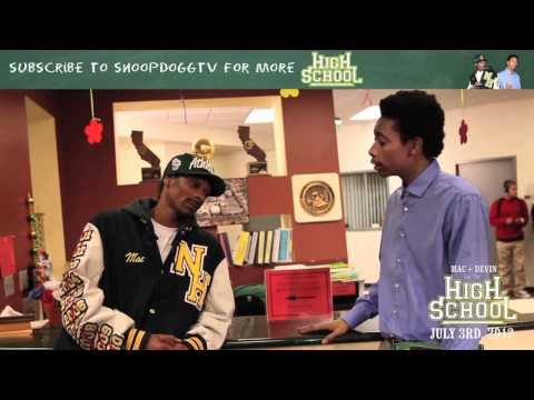 Snoop Dogg & Wiz Khalifa High School Tips! (Behind The Scenes Their