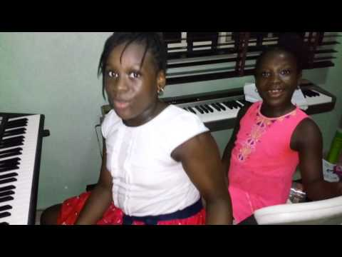 Adeola performing a hymn song .... We Are Never Weary