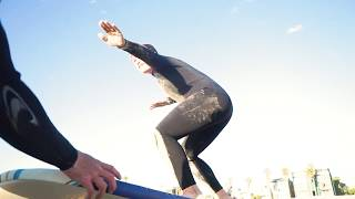 Уроки серфинга на пляже Венис, Лос Анджелес, Калифорния - серф школа Temple Surf