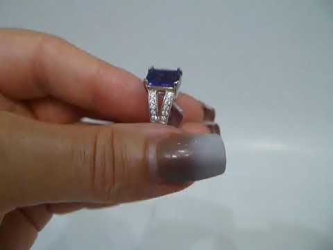 Кольцо с натуральным голубым флюоритом 3.5 Ct в изумрудной огранке Размер 17.5 Серебро 925