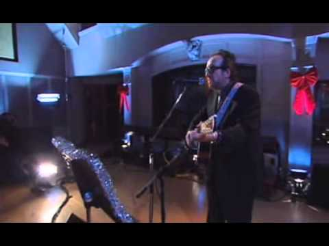 Elvis Costello - Winter Song