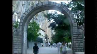 monasterio de Ostrog en Montenegro(Ostrog manastir http://www.mibauldeblogs.com/2012/04/monasterio-de-ostrog-en-montenegro.html., 2012-04-03T10:03:36.000Z)