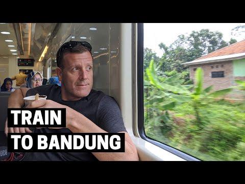 JAKARTA TO BANDUNG BY TRAIN   Argo Parahyangan Train Eksekutif Class