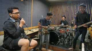Fikar & Friends - Masih Ada ( 2D cover )