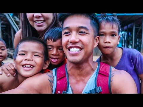 31 | HAPPIEST KIDS YOU'LL EVER MEET!! FLOATING VILLAGE (Southeast Asia Travel VLOG)