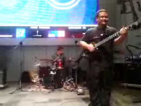 "Level 42 ""Tracie"" (Cover by T42 Indonesia feat.Deane Ogden)"