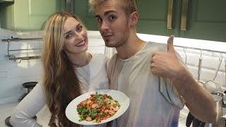 Салат с креветками и кускусом | правильное питание