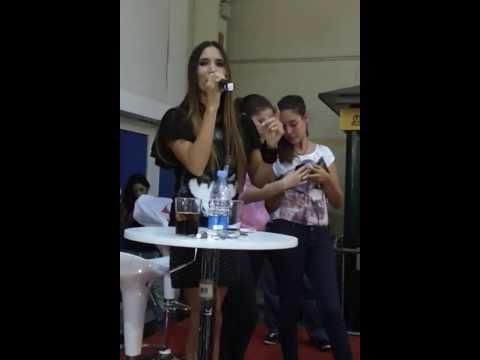 India Martinez firma de discos (Carrefour la Macarena) Sevilla