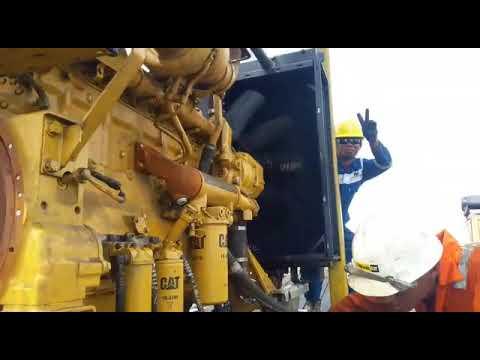 Test running pedestal crane engine cat D3406 offshore