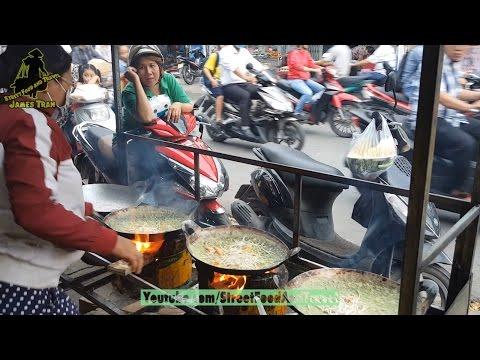 Street Food in SaiGon VietNam - Vietnamese Crepe - Banh Xeo