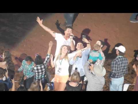 Is this REAL LIFE? Jake Owen || Rodeo Houston